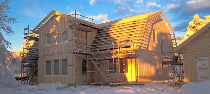 Tvåplanshus med brutet tak till Kiruna